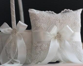 Off-White Ring Bearer Pillow, Off-White Flower Girl Basket, Lace Ring Holder, Off-White Wedding Ring Pillow, Wedding Basket Pillow set