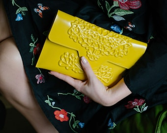 Vegan clutch bag -  yellow clutch purse - handbags - yellow purse - colourful bag - yellow evening clutch - medusa - designer bags