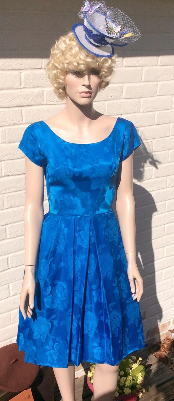 1950er Jahre electric blue satin Brokat Partykleid S perfekt