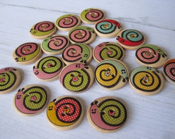 """Set of 4 wooden """"funny snail"""" buttons"""
