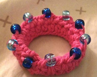 Crocheted toddler bracelet with beads