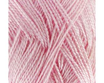 Soft Bamboo Tencel Fine Yarn - 4/8 Skeins - 01 Pink Dust