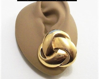 Napier Wide Band Knot Pierced Post Stud Earrings Gold Tone Vintage Large Winding Open Swirling Brushed Backs Discs