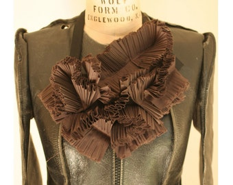 Artlab's Couture Bib No.3 Cocoa Brown
