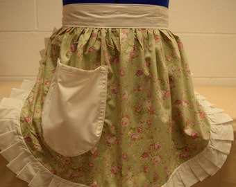 Retro Vintage 50s Style Half Apron / Pinny - Pale Green Floral with Cream Trim