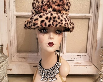 vintage Leopard fur ladies hat WOW! stylish made by Union