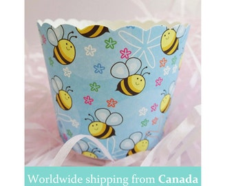 10 Cute Busy Bees Baking Cups for Cupcakes & Muffins / Blue Baking Cups / Cupcake Liners (Limited Time Sale!)