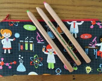 Pencil Pouch // Pencil Case // Pencil Holder // Pencil Bag // Zip Pouch // Girl Scientist // Makeup Pouch // Flat Pouch // 9x5 Pouch