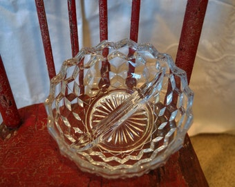 """Vintage American Cube Clear Divided Mayonnaise Condiment Bowl 5.25"""""""