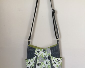 Cammys cross body tote