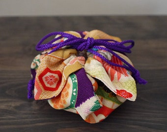 Kinchaku Purse, small kinchaku bag, small drawstring bag, Japanese fabric, reversible