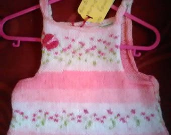 Hand knitted dress/top knitted to fit a little girl aged 9-12 months old