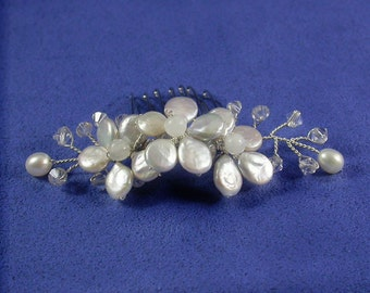 Pearl Bridal Comb, Pearl Flower Comb, Flower Vine Comb,Mini Tiara Comb, Pearl Flower with Moonstone, Freshwater Pearl and Swarovski Crystal