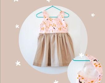 Crossed on the back dress. Girl dress. SIZE 2
