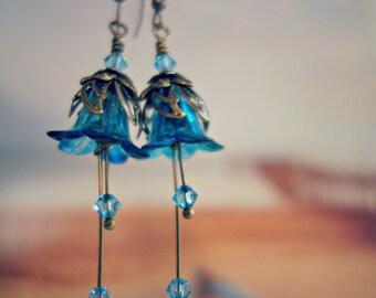 Aquamarine Earrings - Flower Earrings - Floral Earrings - Aqua Earrings - Blue Earrings - Aquamarine Jewelry - Ocean Blue Earrings- Sea Blue