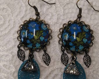 Blue flower, rhinestone and filigree earrings