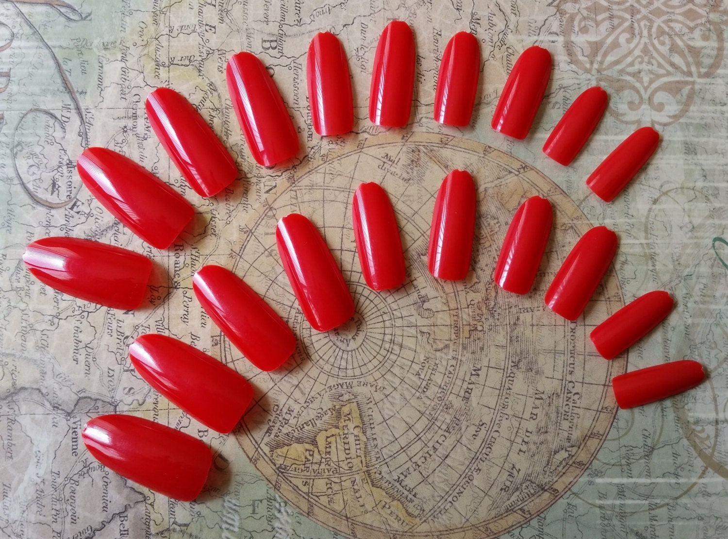 20 Fire Engine Red Press on Nails - Glue on Nails - Artificial Nails ...