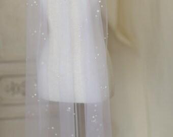 Pearl speckled elbow length veil----v111