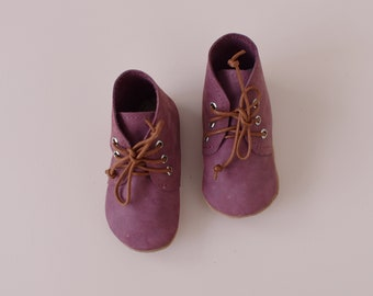 SALE - desert boot / soft sole shoes / berry