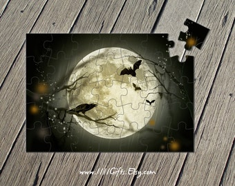 Printable Full Moon Puzzle / Moon Crafts, Bats / 35-Pcs Jigsaw Puzzle / Halloween Activity Sheet for Kids // Printable, Instant Download