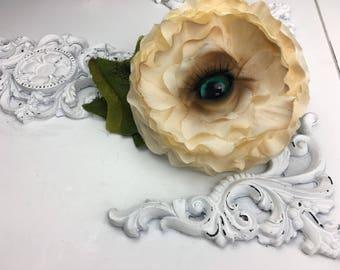 Huggi the Rotten Rose