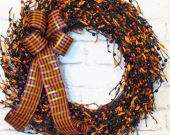 Halloween Wreath, Fall Wreath, Rustic Berry Wreath, Black and Orange Berry Wreath, Halloween Decor, Fall Decor, Autumn Wreath, Autumn Decor