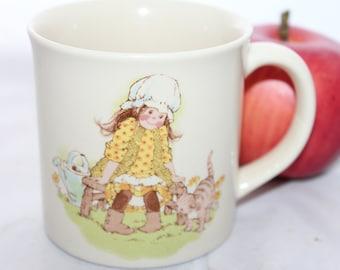 Girl & Kitten Gibson Greetings Otagiri Japan Mug -- Gibson Greetings Cards -- Holly Hobbie, Countryside, Farm, Flowers, Cat