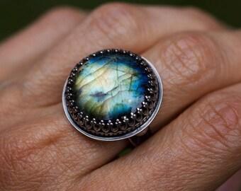 Labradorite ring, labradorite crown ring, gothic sterling ring, gemstone ring, size 8