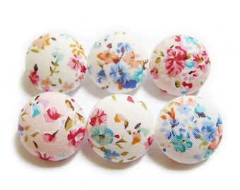 Sewing Buttons / Fabric Buttons - 6 Medium Fabric Buttons Set - Watercolor Blooms