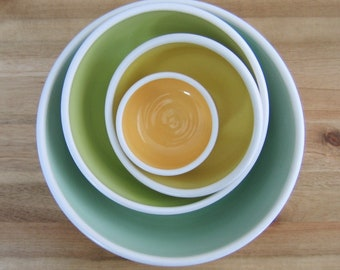 Pottery Nesting Bowls, Set of Ceramic Serving Bowls in Spring Colors, Stoneware Stacking Bowls, Foodie or Wedding Gift, Hand Thrown, Chef
