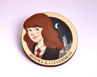 Hermione wooden brooch - Harry Potter, Gryffindor, Hogwarts, books and cleverness, geek, cute, JK Rowling, Ravenclaw, Hufflepuff, Slytherin