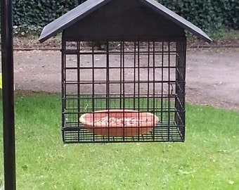 Anti-Squirrel Bird Feeder - Large