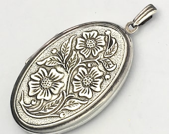 Vintage Oval Silver Photo Locket Pendant with Repousse Flowers