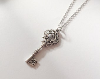 Vintage Key Long Layered Necklace Antique Key Necklace Vintage Jewelry  Women Jewelry