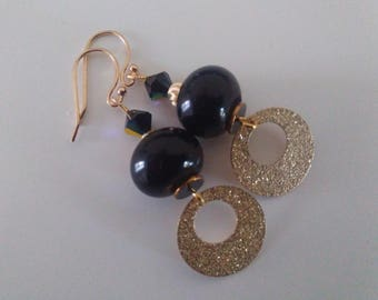 Black and gold circles earrings