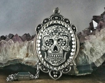 Necklace. Sugar Skull Swarovski crystal pendant. Unique gift for Bridesmaid Dia de los Muertos Wedding
