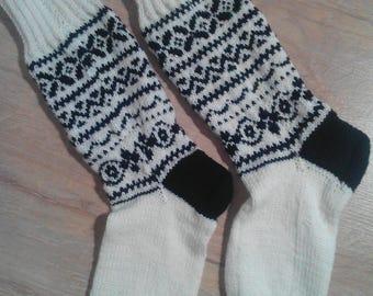 Warm socks. Woolen socks. Winter socks. Handmade socks. Great gift for the holiday. Women's socks