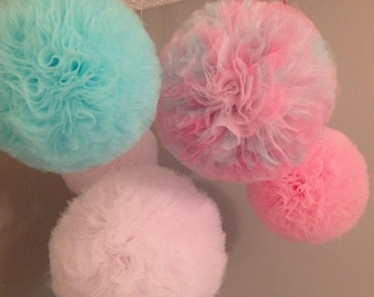 Jumbo 18 inch Tulle pom pom Party Decoration