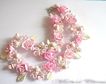 Choker with flowers, choker with pink Sakura necklace with pearls. wedding, for her