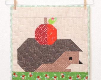 PDF Quilt Pattern - Hedgehog and Apple