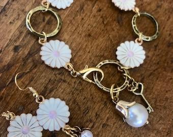 Gold, White, Pink, Daisy Flower Bracelet and Earring Set