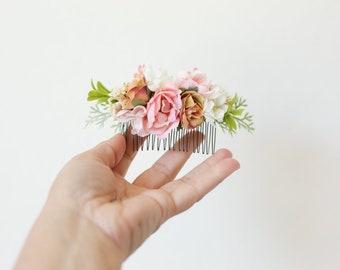 bridal flower comb, floral hair comb, bridal floral headpiece, wedding hair accessory, blush pink flower comb, blush bridal headpiece