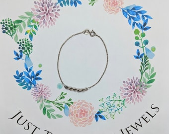 Dainty 1970's Sterling Silver Bracelet with Twist Chain Detail