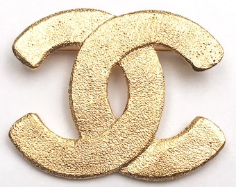 Chanel Vintage CC Gold Plated Sand Texture Brooch