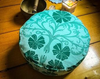 Pouf Zafu Meditation cushion - Greenery - pillow bohemian decor organic Buckwheat washable handmade by Creations Mariposa
