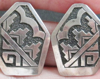 Sterling GN Artisan Etched Earrings