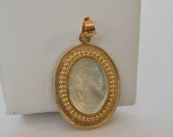 Gold Tone Translucent Celar Glass Cameo Victorian Lady Pendant
