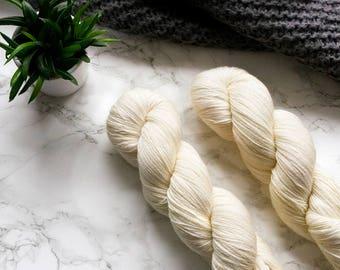 Hand dyed yarn, handgefärbte Wolle, hand dyed lace yarn, cashmere yarn, handdyed yarn, handmade gift, PREORDER - Cream
