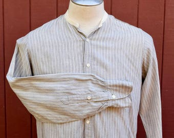 1910s / 1920s Gray And White Pinstripe Collarless Wool Flannel Long Tail Shirt M