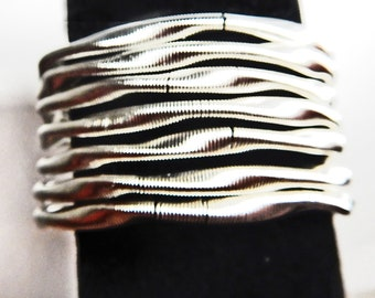 Silver Tone Bracelet  Coiled WIre Cuff  Stretchy Coiled Bracelet  Collectible Jewelry